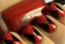 Nail Designs / by Christina Hopkins