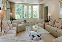 Классический стиль / Интерьер в классическом исполнении — гармоничная простота, очерченная четкими и ясными формами.