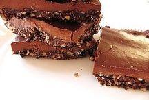 Vegan no bake fudge brownie
