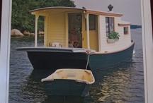 Houseboats / by Cheyenne Morrison