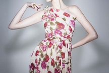 Darling Dresses / by Paulina Lopez