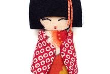 Bonecas kokeshi