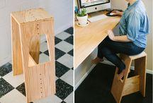 Barové stoličky / jak se na nich asi sedí