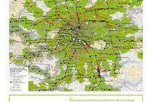 """Exposition La métropole du Grand Paris de A à Z / Panneaux de l'exposition """"La métropole du Grand Paris de A à Z"""" réalisée par l'IAU îdF et l'Apur pour la Mission de préfiguration."""