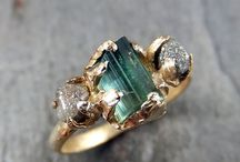 unique art jewellery