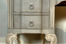 Furniture Creations / by Tammy Kravitz