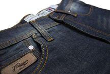 R Series 002 Dark Blue / Regular Fit 5 pocket classic series. 14oz sanforized denim with Zip fly. 90% cotton 8% polyester 2% elastane