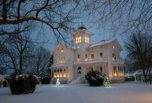 Gorgeous Houses / by Cathy Stevenson