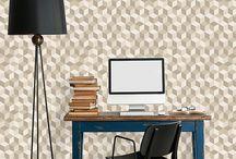 Cubix mania ! / Ludiques et colorés, les cubes investissent les murs pour la rentrée ! Un brin vintage, la géométrie devient ici terrain de jeu, où les pièces en bois s'imbriquent à la perfection. Laissez-vous tenter par la Cubix Mania !