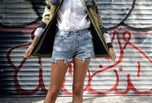 Coats/Sweaters/Jackets