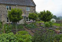 country gardens / country gardens