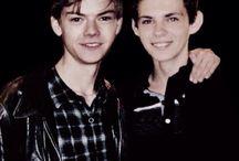 Thomas & Robbie