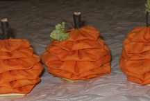 Halloween and Fall Decorations / by Glenna Smith