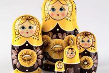 matroeska's & baboeska's, / russische in elkaar zet popjes / by Marijke Steenbruggen