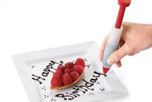 Rękawy cukiernicze i dekoratory do ciast i wypieków / Akcesoria do dekorowania ciast takie jak: rękaw cukierniczy, szpryca, foremki do marcepanu www.dowarzyw.pl