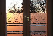 Déco chambre d'enfant / Retrouvez ici les modèles proposés pour habiller les fenêtres (et les murs) des chambres de nos chérubins