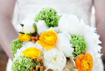 Spring Wedding / by Jennifer Hansen Wedding & Event Boards