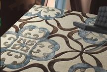 Alfombras de lana, algodón y otras fibras naturales / Las alfombras son complementos esenciales de nuestros hogares, tanto por su calidez como por su gran valor decorativo, otorgando un grado de elegancia y funcionalidad como prácticamente ningún otro elemento de nuestro mobiliario.