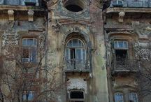 Abandoned houses, palaces and other