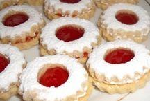 Biscotti / I biscotti sono la gioia dei bambini, ma amati da tutti. Prova anche le altre ricette di biscotti di www.iopreparo.com su:  http://iopreparo.com/le-ricette/frutta-e-dessert/biscotti/