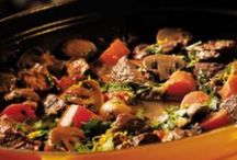 Easy Camping Recipes / There's no reason not to have a delicious, healthy food while you're out camping! Try these easy recipes over the campfire or camping stove on your next camping trip.