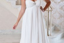 wedding dresses / by Lisa Pratt