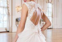 Lillian West Trouwjurken / Wedding gowns by Lillian West