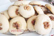 Kurabiye Tarifleri / Nefis kurabiye tarifleri ile www.yemektarifleri.net.tr web sitemizi ziyaret edebilirsiniz. Sizin için seçtiğimiz kurabiye tariflerimiz bu sayfadadır.
