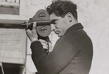 © Robert Capa / Robert Capa - Budapest, Austria-Hungary, October 22, 1913 – May 25, 1954,Thai Binh, State of Vietnam - He was a Hungarian war photographer and photojournalist who covered five wars: the Spanish Civil War, the Second Sino-Japanese War, World War II across Europe, the 1948 Arab-Israeli War, and the First Indochina War. He documented the course of World War II in London, North Africa, Italy, the Battle of Normandy on Omaha Beach and the liberation of Paris.