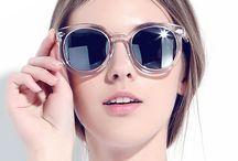 Óculos / Apaixonada por óculos, seja de grau ou de sol, existe tantos modelos lindos! Inspire-se