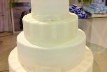 Bolo de Casamento Clássico e Elegante / Bolo de Casamento Clássico e Elegante