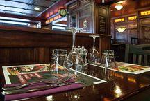 Santa Fe Steak House / Si te apetece comer en una estación de tren del viejo oeste, ven a vernos en el Santa Fe, un restaurante inspirado en la temática y gastronomía de la antigua américa.