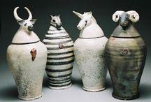 Pottery Jars & Bottles & Jugs