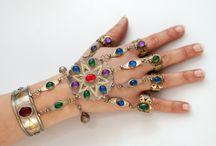 Biżuteria etniczna i orientalna / Biżuteria etniczna z dalekiego wschodu. Wyroby rękodzielnicze nomadów z Afganistanu.