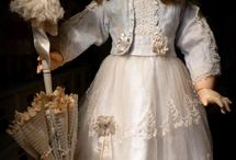 Antique dolls from the Puppenkontor...