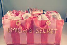 Victoria's Secret cake / #victoriassecret, #victoriassecretcake, #Victoriasecret, #victoriassecretcake, #cake, #vs, #vscake,  #victoriassecretshoppingbagcake