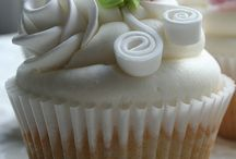 Wedding Cupcakes / by Carleen Cook