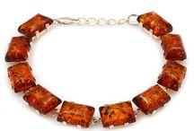Amber bracelets/ Armschmuck Onilne shoppen / Schmücken Sie Ihr Handgelenk nach Ihrem persönlichen Stil und Geschmack! In unserer Vielfalt finden Sie bestimmt Ihren perfekten Armschmuck.