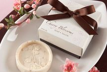 Asian Wedding Favors / Asian inspired wedding favors / by mochabride