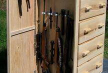 skříňka na pistole