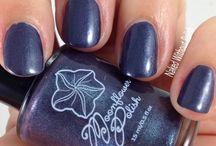 Moonflower Polish Swatches