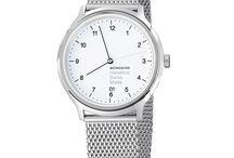 HELVETICA NO1 REGULAR / Mondaine lança linha de relógios inspirada em fonte tipográfica.