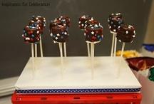 Cake pops / by Rebecca Cervantes