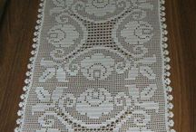 Table runners doily