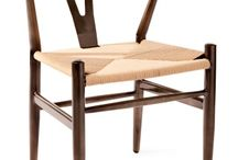 Eynon dining and kitchen seating