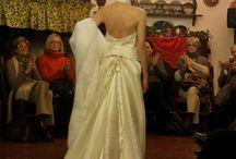 Maria Ciani Seren / clothing fabric hand painted: chiffon seta, lino, cotone abiti dipinti a mano con coloro specifici innocui : particolarità abiti da sposa