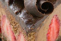 Bolos de chocolate molhado