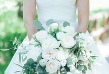 bouquets / bride + bridesmaids' flowers
