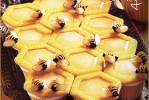 Honey Bee Sweet Table