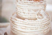Wedding Cake, Can I say more? / Wedding cake / by Madeline Misterka